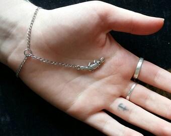 Simple platypus bracelet