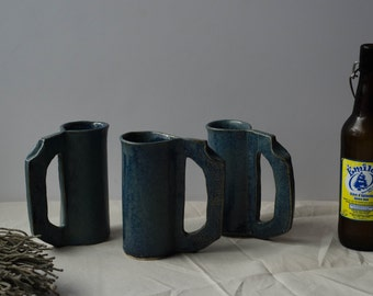 Set of 3 mugs.