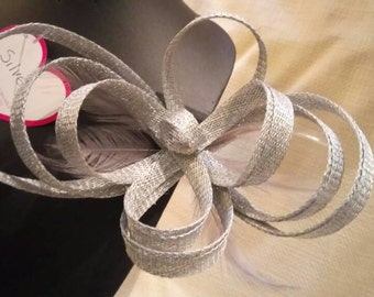 Bow Fascinator with feathers. Silver colour.