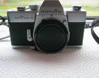 Minolta SRT MC, II analog Spiegereflex camera without lens (body) ca. 1960-70 Japan