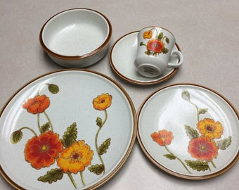 8 settings mikado California Poppies + 8 bowls