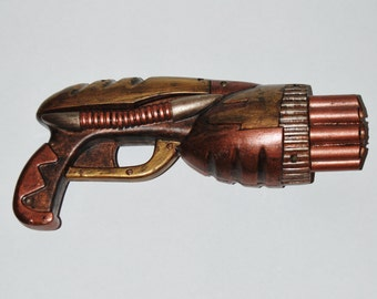 Large Steampunk Gun Cosplay Costume Prop Weapon Upcycled Toy Gun Cosplay Accessory Post Apocalyptic Gold Copper Silver Bronze Apocalypse