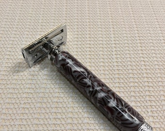 Double safety razor