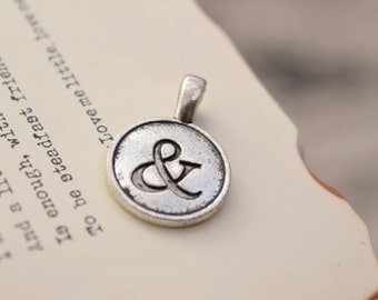 20 antique silver ampersand charms and symbol charm disc pendant pendants  (YY02)