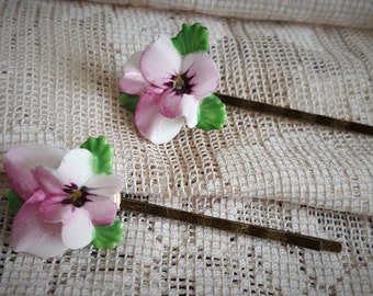 Lets get ready for Spring, Pansy hair pins,  Pink Flowers one pair