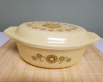 Kim Chee Cinderella Oval Casserole Dish with Lid