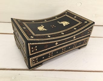 Uniquely Shaped Concave Hand-made Burmese Lacquer Box