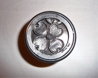 Vintage Metal Box Floral Small Tin with 3D Design by Metzke, Pill Box, Round Metal Container, Storage, Jewelry