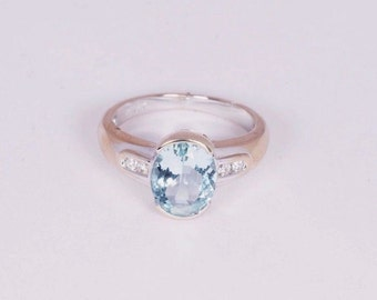 18K White Gold Aquamarine and Diamond Ring, size 6.75