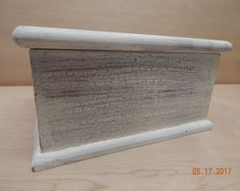 Country box - milk paint distressed