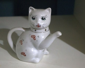 vintage chinese cat teapot kitsch collectable homeware