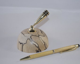 Desk Top Pen Holder and Pen, can also have pen personnalised.