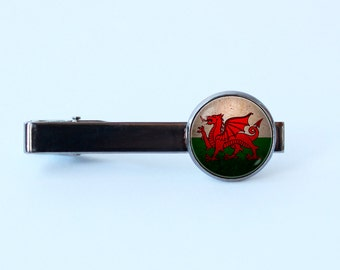Welsh jewelry Welsh flag tie clip Wales Gift for Dad National symbolic Flag of Wales tie clip Flag tie bar Wales flag tie clip Welsh Dragon