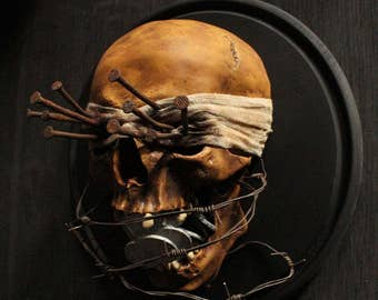 """Author's work """"false witness path"""" (skull layout)"""