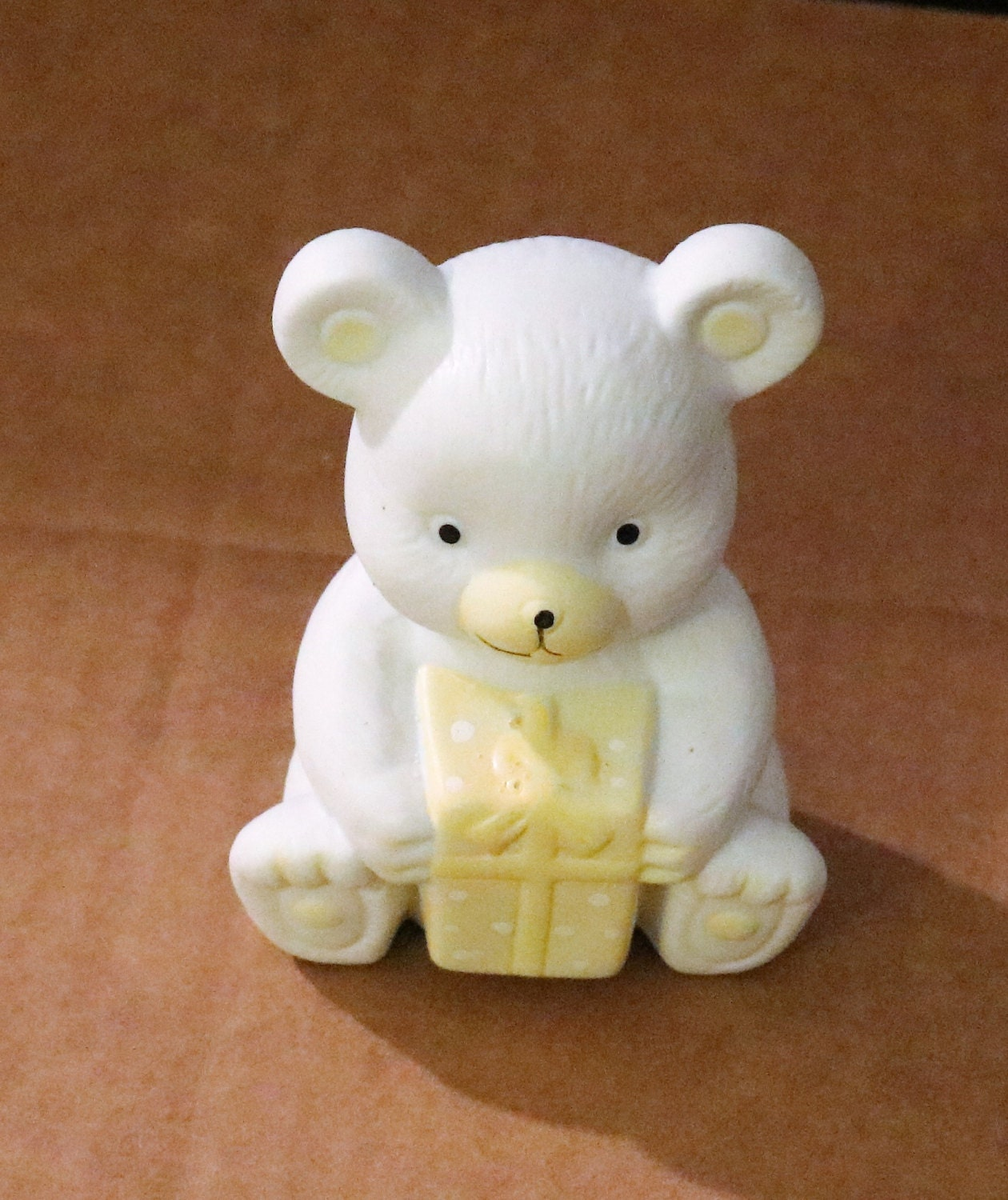 Vintage New White Teddy Bear Ceramic Statue With Yellow Gift