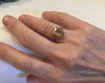 Exquisite Vintage Sterling SILVER Ring-Pretty Central RUTILE Quartz-Surrounded by CITRINE Crystals-Uk Size M-Us 6 - 3.91 grams