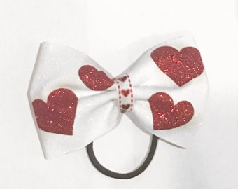 Tailless Heart Bow