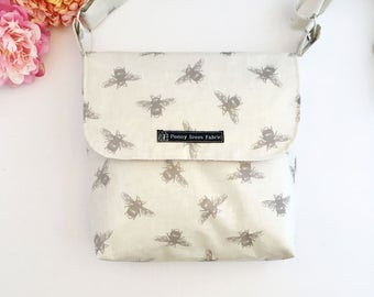 Bee bag, bee print, bee fabric, bee gifts, fabric bag, crossbody bags, crossbody purses, fabric handbags, waterproof bag