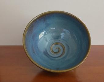Large Soup Bowl Handmade Pottery Porcelain Stoneware One-Dish Meal Bowl Large Individual Salad Bowl Blue Kitchen Decor Holds 24 Ounces