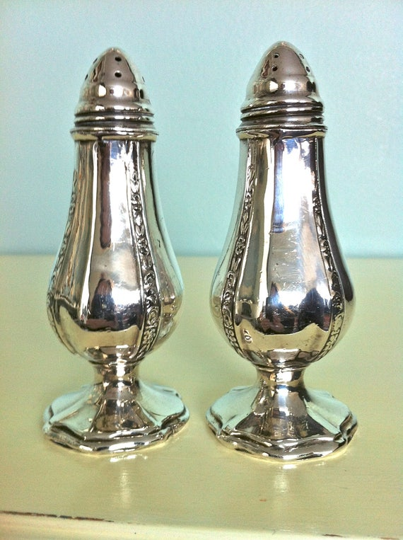 Vintage silver salt and pepper shakers viking salt and pepper - Salt and pepper shaker display case ...
