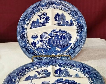 Blue willow grill plates.  Vintage restaurant ware. Set of 2.