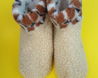 warm wool slippers; boots indoor wear; cheap gift;  unisex gift; sheep wool slippers