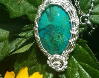 Beautiful Agate! Wire wrapped in autistic silver wire!