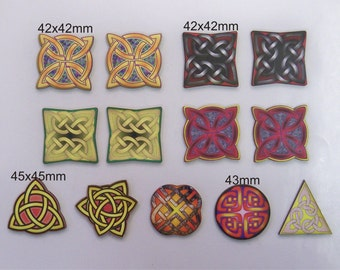 13 X Stylised Celtic Knots