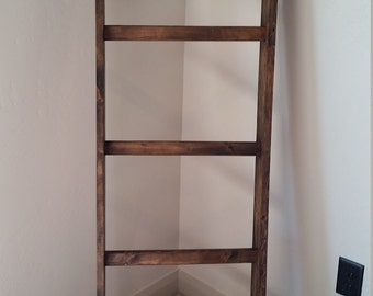 Un-assembled Blanket Ladder