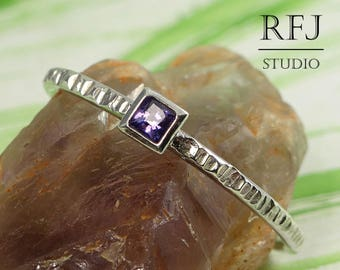 Square Lab Amethyst Textured Silver Ring, February Birthstone Square Setting Ring, Princess Cut 2x2 mm Purple CZ Ring Modern Stackable Ring