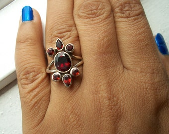 Vintage Inspired Design 925 Sterling Silver Natural Garnet Ring Size M.5 & 0.