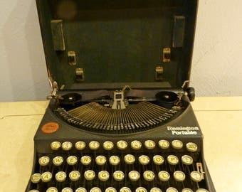 Remington Noiseless Portable Typewriter 1920s Made in USA Serial #NK83381M
