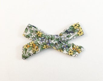 Spring Vintage Floral Bow - Hand Tied Bow - Baby Bows - Baby Hair Clips - Baby Headbands - Toddler Headband - Baby Hair Bows - Hair Bows