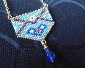 Necklace drop blue