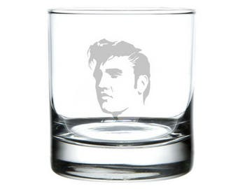 Elvis Presley pint glass, Elvis Presley Music, Evlis portrait, Elvis decor, Wedding gift, 50s gifts, The King, Rock & Roll, blue suede shoes