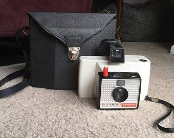 RESTORED Vintage Polaroid Land Camera Swinger Model 20 with Original Case
