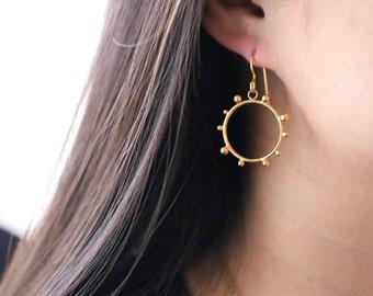 Small Eclipse Earrings, Eclipse Jewelry, Small Sun Earrings, Total Eclipse 2017, Solar Eclipse Earring, Sun Eclipse Jewelry, Dark Moon