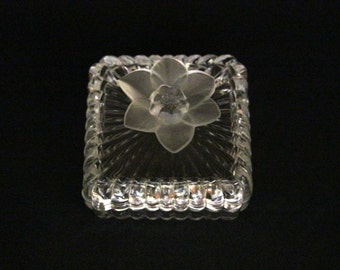 Vintage glass covered box with a flower on the lid-Bonbonnière