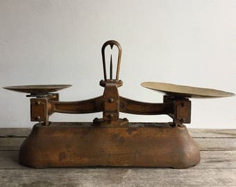 Antique Avery Brass Kitchen Scales - Made in England