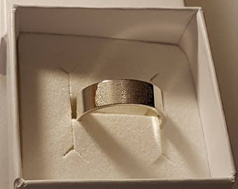 6mm Wide Hallmarked 9ct White Gold Personalised fingerprint Wedding ring / Band