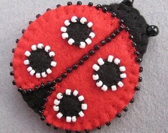 Felt ladybird ornament valentines day Felt ladybug keychain ladybird wool accessories gift for her key holder animals party home decor bird