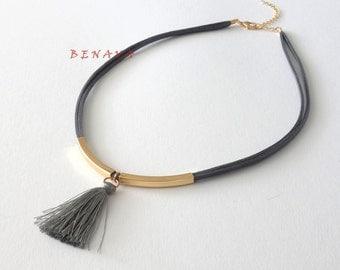 Choker necklace collar with tassel Grau Gold