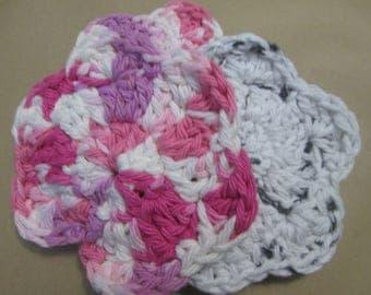 Crochet face scrubbies/Flower cotton scrubbies / Reusable/ecofriendly/Makeup remover/stamp cleanser crochet flower / reusable