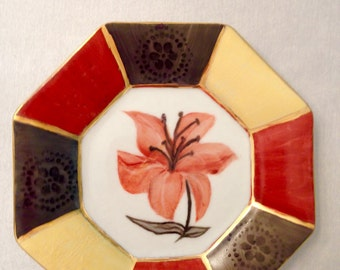 Red hibiscus dish