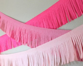 Crepe Banner Streamers