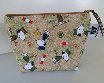 Snoopy Cosmetic Bag, Cosmetic Case, Charlie Brown, Makeup Bag, Zippered Pouch, Bag, Makeup Case, Cosmetic Bag, Pouch