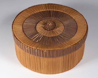 FREE SHIPPING: Vintage Bamboo Round Basket with Lid - Asian Two-toned Sewing/Wedding Basket