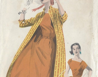 "1950s Vintage Sewing Pattern DRESS & COAT B32"" (167) Butterick 7649"
