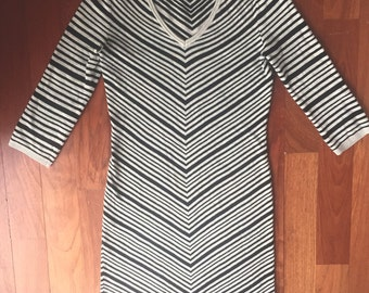 Max Studio Fitted Dress size small