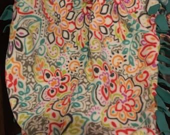 Beautiful Colorful Fleece No Sew Throw Blanket